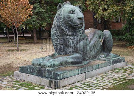 bronze lion in Sofia