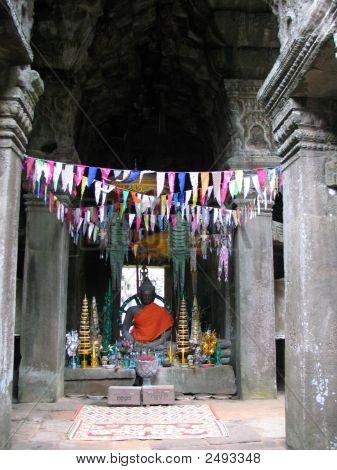 Banteay Kdei Buddha Statue