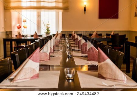 Small White Dish And Bowl On Wooden Long Table Prepare For Dinner Night Party, Restaurant