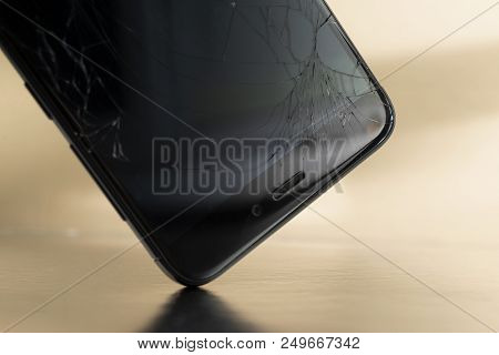 Minsk, Belarus - Jule 13, 2018: Shattered Display Of The Phone Xiaomi Redmi 3 Pro During A Fall To T