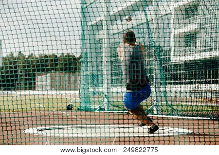 Hammer Throw Back Man Thrower Athletics Competition