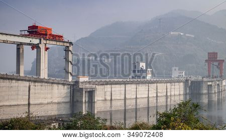View At Yangtze River For The Traveler Along With The Three Gorges Dam, The Part Of The Yangtze Rive