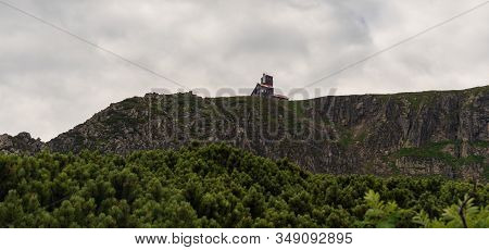 Wild Rocky Sniezne Kotly In Karkonosze Mountains On Czech-polish Borders