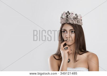 Thinking About Miss Contest Beauty Crowned Queen Girl Woman Actress Miss Hand On Chin Face Daydreami