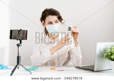 2019-n Ov. Girl Blogger In Medical Mask Talks