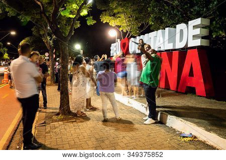 Londrina Pr, Brazil - December 22, 2019: People Taking Photos At The Christmas Totem, I Love The Chr