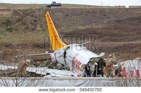 Istanbul, Turkey - February 06, 2020: Pegasus Airlines Boeing 737-86j (cn 37742) Crashed In Sabiha G