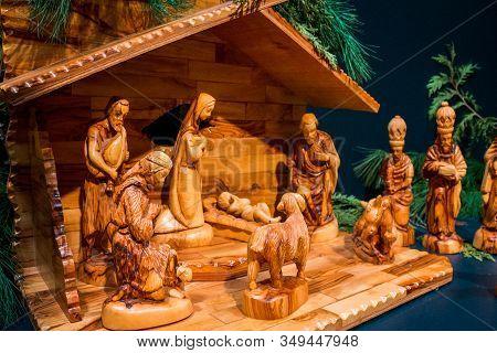 Frederik Meijer Gardens - Grand Rapids, Mi /usa - December 18th 2016: Wooden Nativity On Display In