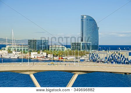 Barcelona, Spain - November 10, 2018: Port Vell With Its Marina, Bascule Bridge Porta Deuropa, Nauti