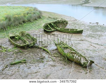 Dry River Leaves Uncovered Sunken Boats Now Destroyed