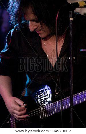 Byram, nj 28.02.: Gitarrist für Billy Idol Steve Stevens führt bei Salz Gastropub am 28. Februar