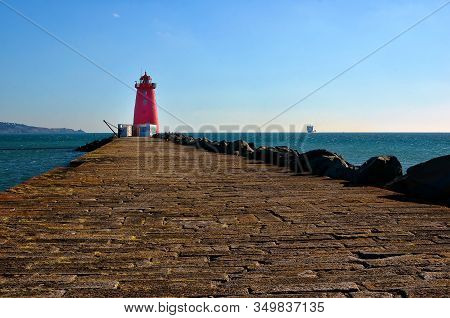 Long Pier Of Poolbeg Lighthouse Dublin Port