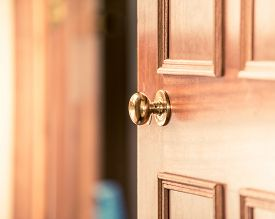 Buying New Home, Selling Your Home, Inviting People Over To Your Home, Door Knob, Door Handle, Sligh