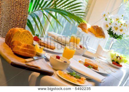 Breakfast Extravaganza