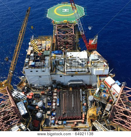 Top View Of Offshore Drilling Rig Towards The Helideck
