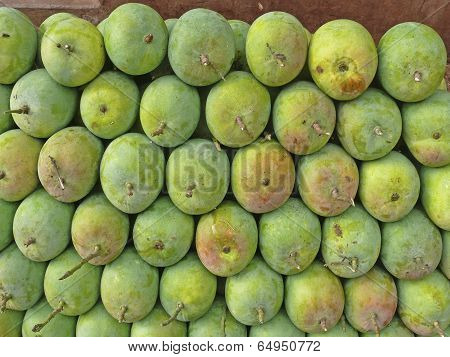 Alphonso Mangoes Arranged At Market For Sell