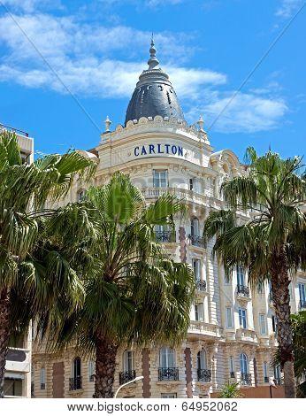 Cannes - Luxury Hotel Carlton
