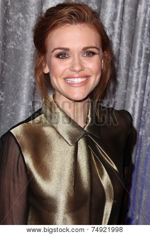 LOS ANGELES - OCT 28:  Holland Roden at the 25th Courage In Journalism Awards at the Beverly Hilton Hotel on October 28, 2014 in Beverly Hills, CA