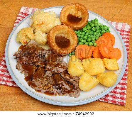 Traditional Sunday roast lamb dinner