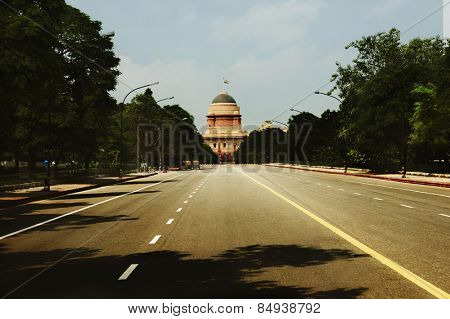 Road leading towards a government building, Rashtrapati Bhawan, New Delhi, India