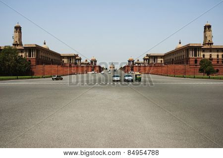 Cars moving on the road, Rashtrapati Bhavan, Rajpath, New Delhi, India