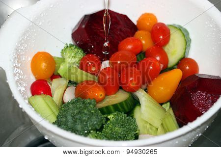 Washing Fresh Vegetables In Colander