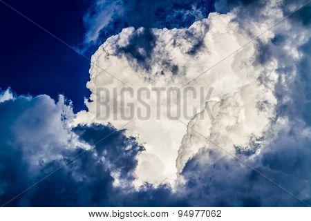 Large Puffy Storm Cloud.  Storm cloud background.