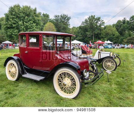 1916 Detroit Electric 60/985