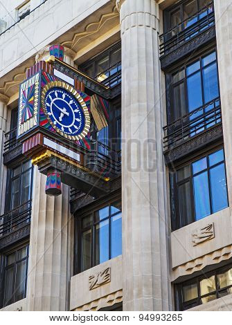 Art Deco Clock On Fleet Street In London