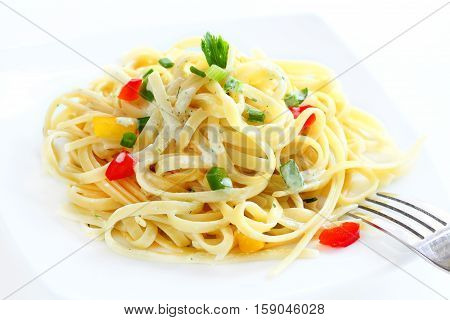 Spaghetti Carbonara with vegetarian food for healty.