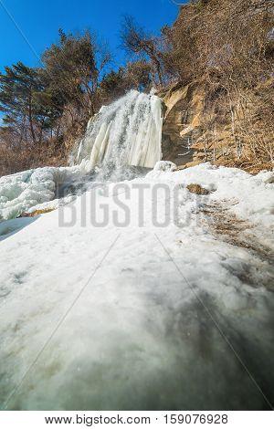 Beautiful ice fall in Nagano Japan .