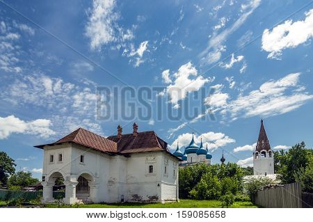 Gorokhovets Vladimir region. The house of the merchant Oparin on the river bank Klyazma