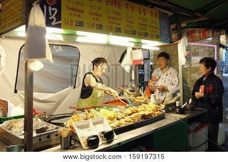SEOUL, SOUTH KOREA- MAY 22: Night street food in Seoul on May 22,2016 at Seoul, South Korea.