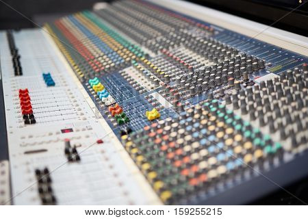 Working soundboard