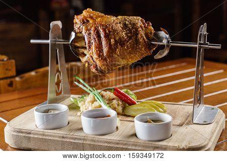 Pork knuckle with sauce