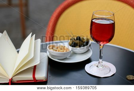 Kir Cassis, Nibbles And Personal Organizer
