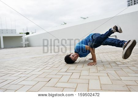 Break dance Teenager Style Movement Hiphop Concept