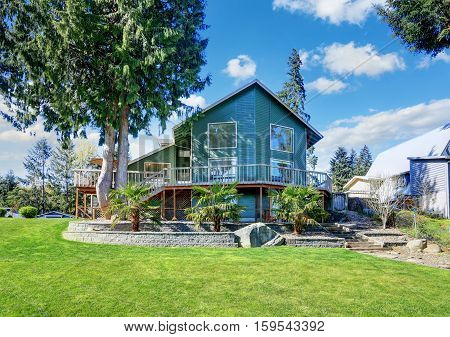 Beautiful Waterfront Home Exterior On Lake Tapps.