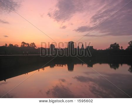 Pink Sky For A Sunrise On The Imperial Old Khmer City, Angkor Vat, Angkor Temples, Cambodgia