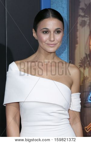 LOS ANGELES - DEC 1:  Emmanuelle Chriqui at the Premiere Of Hulu's