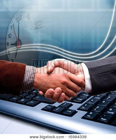e-Commerce-Handshake über Technologie-Hintergrund