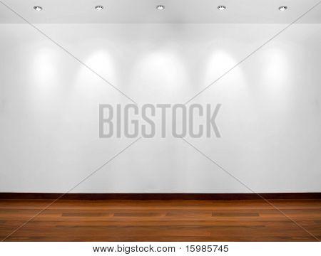 Üres fehér fal 5 spot lámpák és fa padló