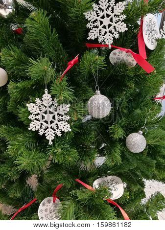 Embellished Christmas tree decoration hanging ball,  white snowflake and ornaments