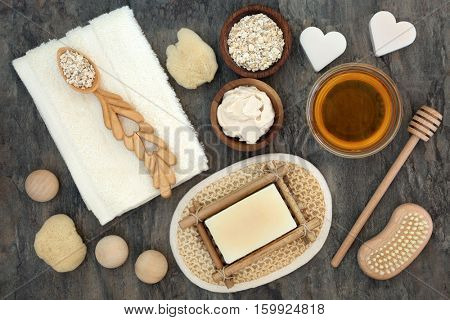 Natural products and ingredients for body and skin health care with oats and honey. Used to soothe skin disorders such as psoriasis and eczema.