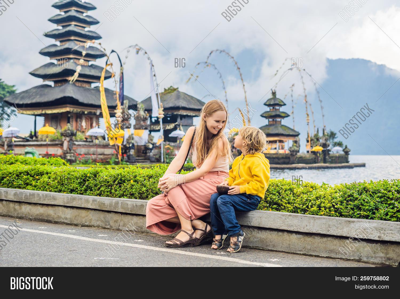 Mom Son Background Image & Photo (Free Trial)   Bigstock