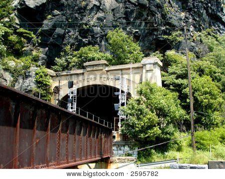Harper'S Ferry Tunnel