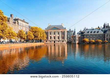City Center Of Den Haag - Dutch Pairlament, Mauritshuis And With Reflections In Pond, Netherlands At