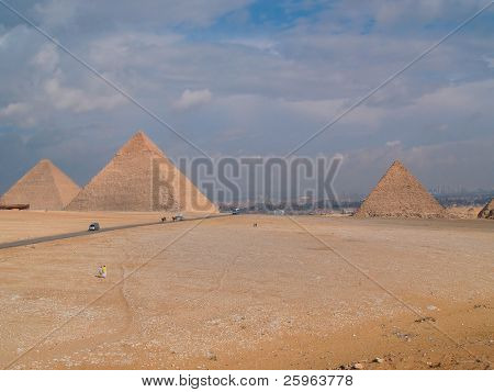 All 3 popular pyramids of the world