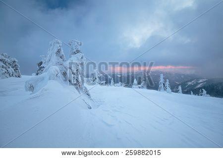 Snowy Mountains An Threes