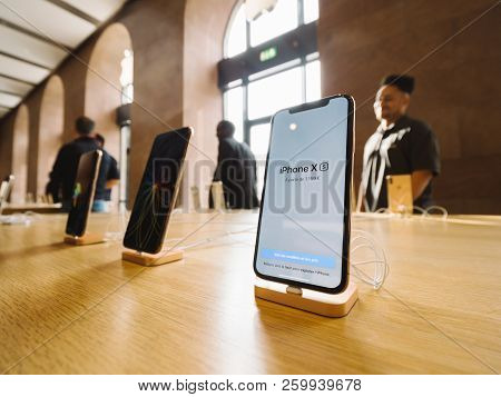 Strasbourg, France - Sep 21, 2018: Hero Object Iphone Xs In Apple Store With Customers People Buying
